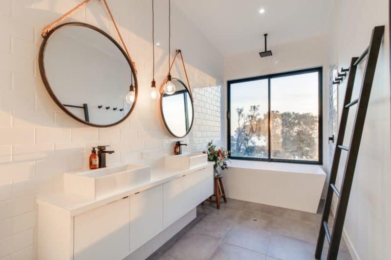 metung bathroom 1