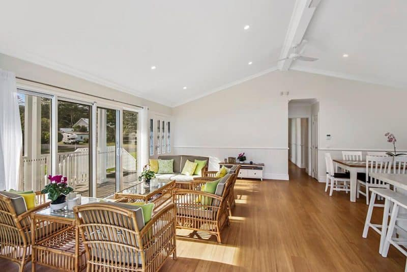 Patonga Beach (Living Room)